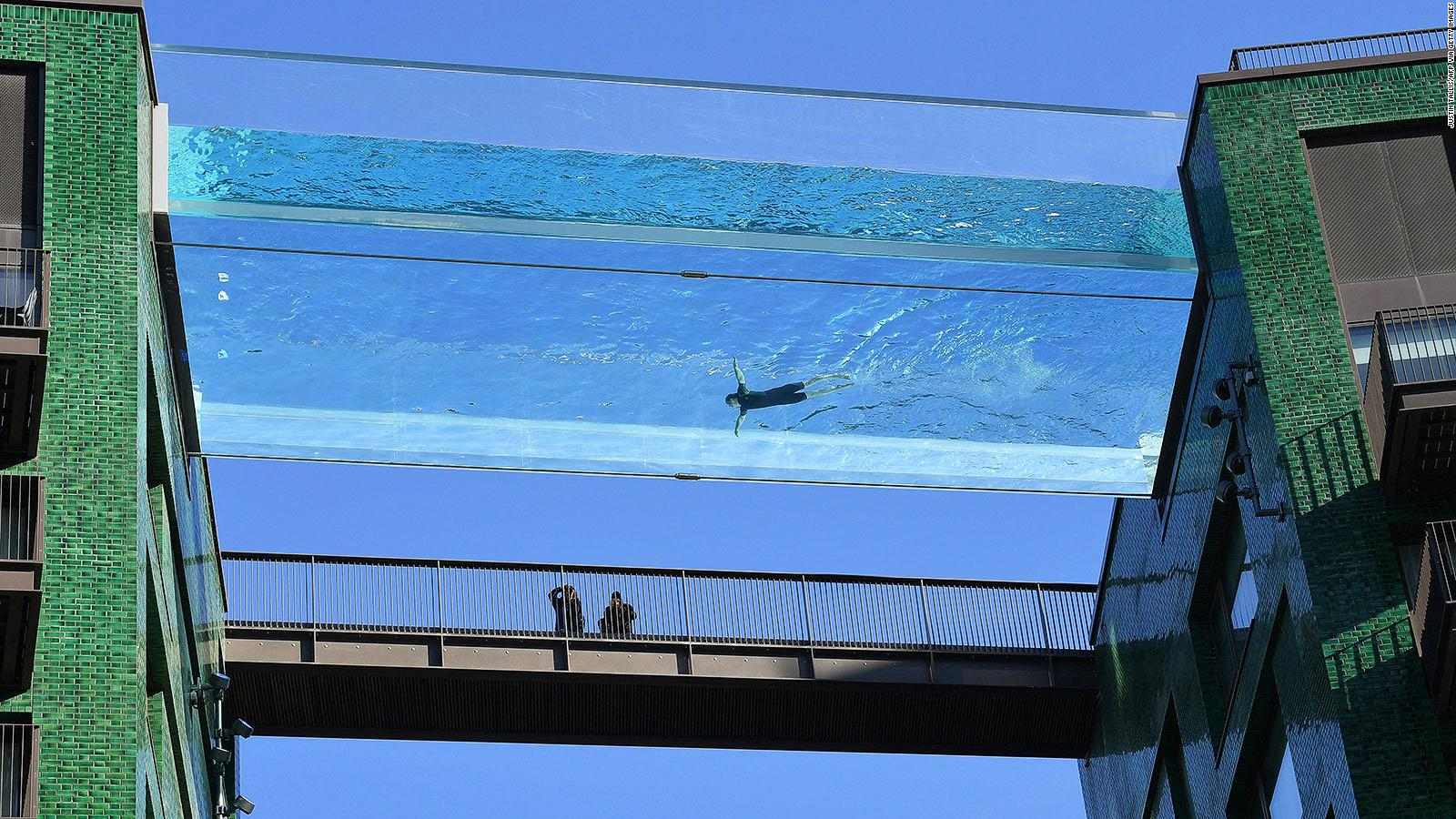 Worlds First Floating Sky Pool in London - London Airport Transfers